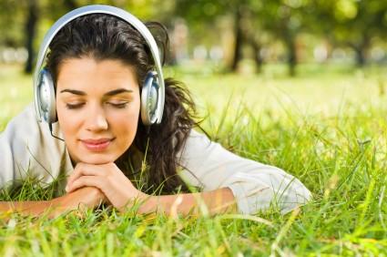 Luyện nghe tiếng anh giao tiếp đúng cách – Không khó!!!
