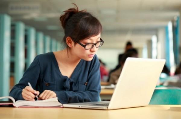 10 website học tiếng Anh miễn phí cho người đi làm