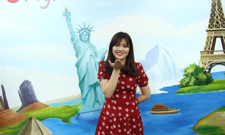 Ms Quỳnh Bella - Likable Messenger