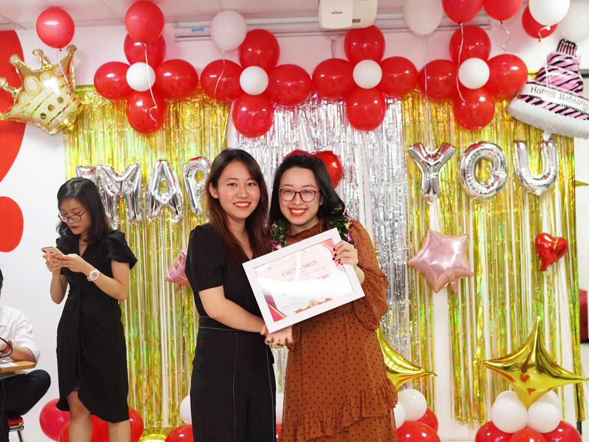 Ms. Thùy Giang
