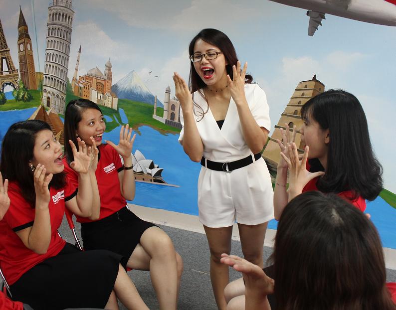 Học tiếng Anh giao tiếp ở Hà Nội cùng Ms Hoa